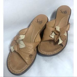Sofft size 6.5 tan leather sandals
